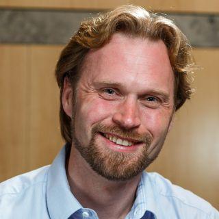 Giles Hooker